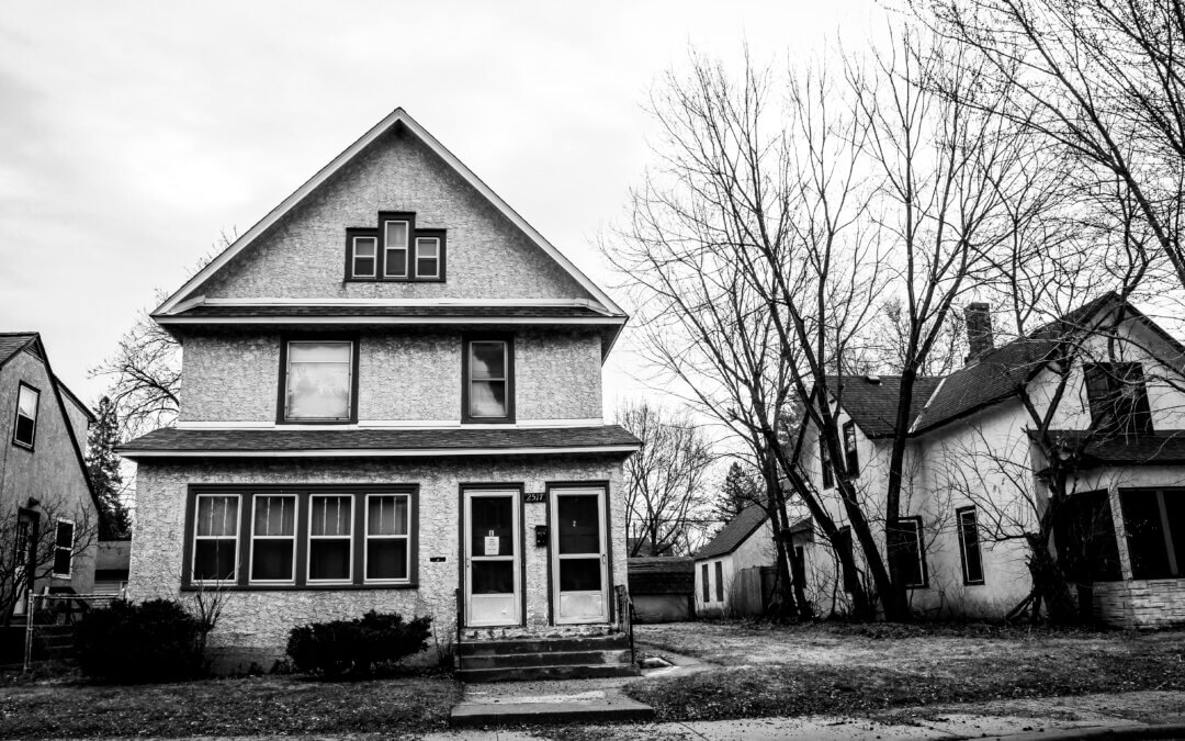 Exterior photo of an old house.